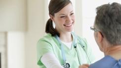 HC_nurse-patient4